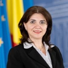 Ministrul Monica Anisie: Comisia de taiat hartii a lansat platforma online debirocratizare.edu.ro