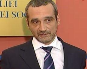 Ministrul Muncii, Sebastian Lazaroiu, revocat din functie - vezi reactiile