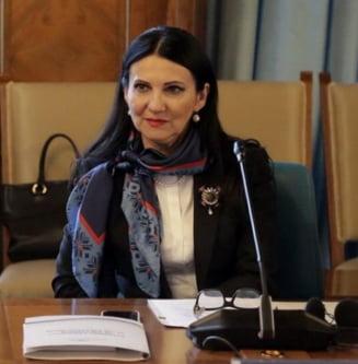 Ministrul Pintea, despre scandalul apei din Bucuresti: Nu am spus niciodata ca nu este potabila