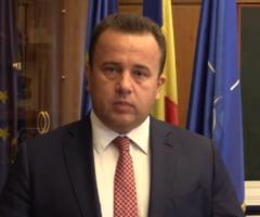 Ministrul Pop vrea sa introduca bacalaureatul romanilor de pretutindeni