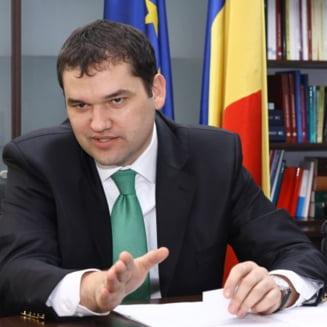 """Ministrul Sanatatii, despre drogurile """"legale"""" care ucid: Si tramvaiul mai calca oameni..."""