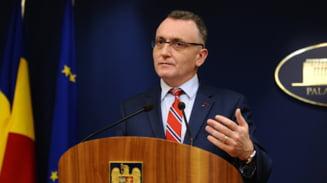 """Ministrul Sorin Cimpeanu spune ca 40% din personalul din Educatie a fost vaccinat pana in prezent. """"Sper ca ceilalti sa le urmeze exemplul cat mai repede!"""""""