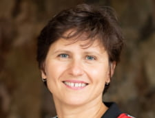 Ministrul Sporturilor din Franta, Roxana Maracineanu, solidara cu fotbalistii care au parasit terenul de joc din cauza arbitrului Sebastian Coltescu