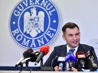 """Ministrul Tineretului si Sportului, Ionut Stroe, s-a autoizolat dupa ce Adrian Oros a aflat ca are COVID-19. """"Am participat la cateva activitati politice impreuna"""""""
