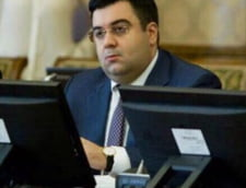 Ministrul Transporturilor, Razvan Cuc, se lauda cu doctoratul desi a fost exmatriculat acum 4 ani