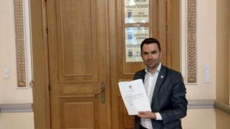 Ministrul Transporturilor afirma ca pe 80% din proiectul drumului expres Craiova-Pitesti se lucreaza fara restrictii