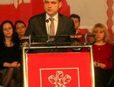 Ministrul Turismului vrea sa schimbe frunza din brandul de tara cu o oaie, sustin oamenii de afaceri