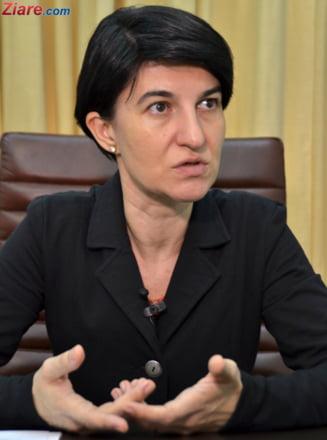 Ministrul Violeta Alexandru: Nu sunt respectate nici chestiuni minimale de transparenta impusa de lege