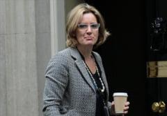 Ministrul britanic de interne, conversatie pe e-mail cu un hacker