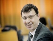 Ministrul de Finante, chemat in Parlament sa explice masurile fiscale, a vorbit de Split TVA