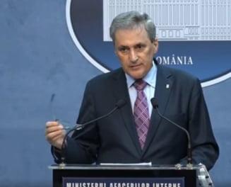 Ministrul de Interne: In Bucuresti traficul este infernal din cauza unora care nu gandesc. De la ministri pana la primarul general