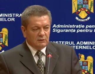 Ministrul de Interne Ioan Rus si-a dat demisia - acuza presiuni facute de Basescu si Antonescu