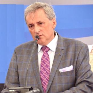 Ministrul de Interne acuza politistii ca au avut grija sa-si faca legi favorabile: O fapta disciplinara se claseaza in 6 luni