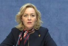 Ministrul de Interne vine cu lamuriri despre buletinul electronic: Oamenii nu pot fi urmariti pe baza cipului