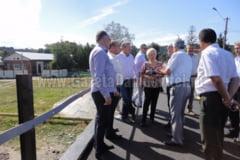 Ministrul delegat pentru Ape, Paduri si Piscicultura, Doina Pana, vizita in Dambovita, la obiectivele afectate de calamitati