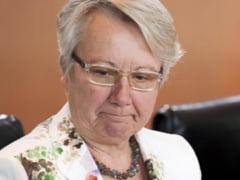 Ministrul german al Educatiei a demisionat, dupa ce i-a fost dovedit plagiatul
