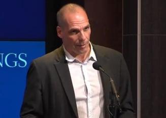 Ministrul grec de Finante, un nou scandal: Spune ca a inregistrat discutiile cu partenerii sai europeni