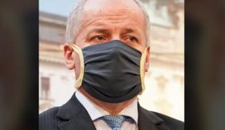 Ministrul sanatatii din Cehia a fost demis dupa ce a fost surprins incalcand restrictiile sanitare