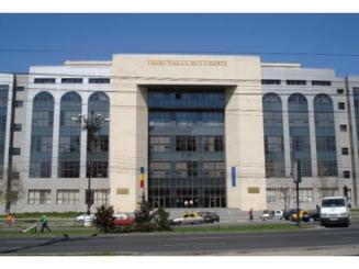 Mircea Basescu, adus la tribunal - sedinta in care se judeca arestarea sa, suspendata