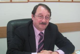 Mircea Basescu, inca o incercare: Vrea sa isi contruiasca apararea de acasa