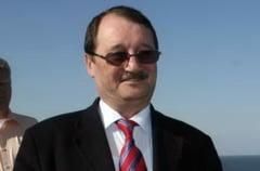 Mircea Basescu afla daca iese din arest (Video)