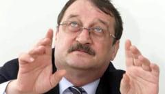 Mircea Basescu ramane in arest