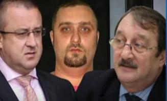 """Mircea Basescu vorbea cu Sorin Blejnar despre ajutorul pentru """"un prieten"""" - stenograme"""