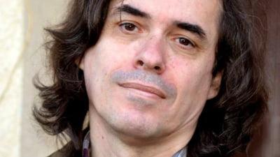 Mircea Cartarescu, in Le Monde: Vrem sa ne reinventam ca popor si ca cetateni. Vrem sa ne putem privi in ochi, in oglinda, fara sa ne fie rusine