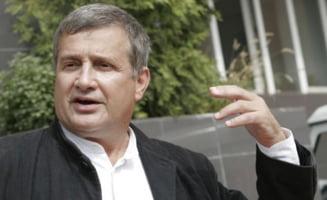 Mircea Dinescu isi deschide restaurant in Centrul Vechi al Bucurestiului
