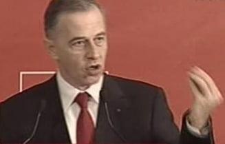Mircea Geoana: Imi cer scuze pentru acea vizita la Vintu