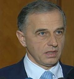 Mircea Geoana, inlocuit de la sefia Senatului - vot in unanimitate in PSD