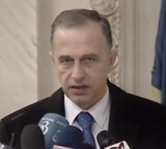 Mircea Geoana, la Portretul alaptarii in Romania