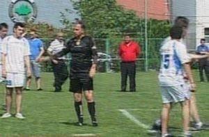 Mircea Geoana a arbitrat un meci demonstrativ de fotbal