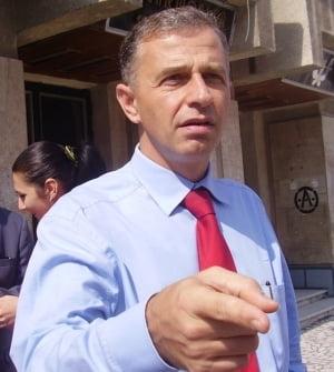 Mircea Geoana a decis sa promoveze pepenii de Dabuleni