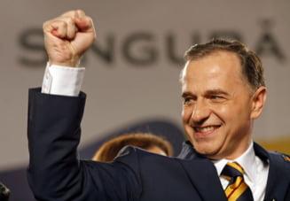Mircea Geoana mai vrea o tura la prezidentiale (Opinii)