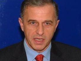 Mircea Geoana si-ar putea prezenta in urmatoarele zile noua miscare politica
