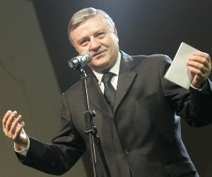 Mircea Sandu, somat sa documenteze dezafilierea Craiovei