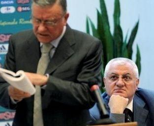 """Mircea Sandu da inapoi. Cum pot fi salvate Rapid si """"U"""" Cluj"""