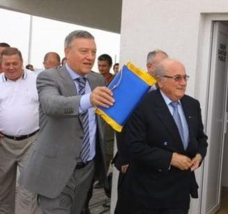 Mircea Sandu sare in apararea lui Blatter