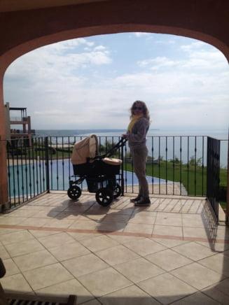 Mirela Boureanu Vaida isi prezinta fetita: prima fotografie aratata fanilor