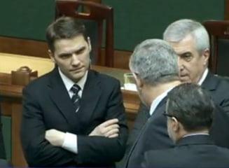 Mirul salveaza parlamentarii de DNA: Sova scapa, Valcov poate fi arestat, PNL sesizeaza CCR