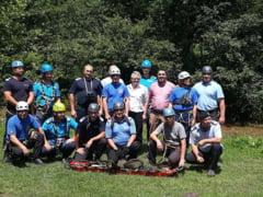 Misiune de salvare de pe un versant la Cheile Varghisului - exercitiu IJJ Covasna