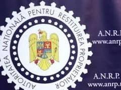 Mita de un milion de euro: Fostul vicepresedinte al ANRP si fiul acestuia, arestati pentru 30 de zile