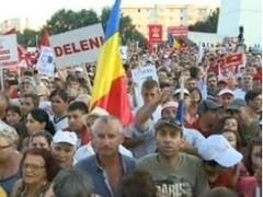 "Miting impotriva lui Basescu, in Cluj Napoca: ""Clujenii voteaza Jos Basescu"""