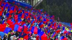 Miting pentru Steaua in fata Prefecturii!