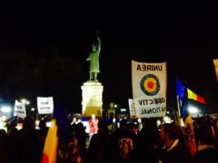 Miting spontan la Chisinau: Se cere unirea Republicii Moldova cu Romania