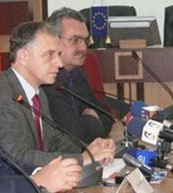 Mitrea ataca din nou: Geoana nu l-a vrut pe Tanasescu la Finante