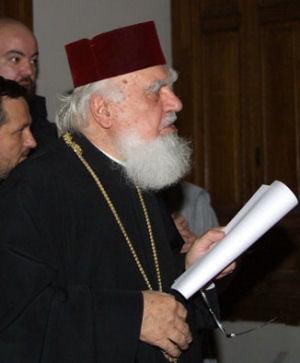 Mitropolitul Clujului, transportat in stare grava la un spital din Viena