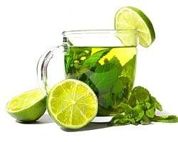 Mixul minune: de ce sa bei ceaiul verde amestecat cu suc de citrice