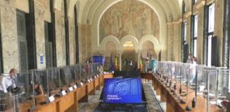 Miza războiului dintre primarii USR PLUS din Capitală și reprezentanții PNL din consilii